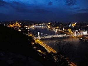Поездка в Венгрию. - Ночной-вид-15.jpg